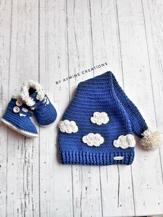 Instagram sayfam @by_aymine Baby Girl Hats, Girl With Hat, Baby Girls, Newborn Photo Props, Newborn Photos, Baby Slippers, Knitted Hats, Winter Hats, My Etsy Shop