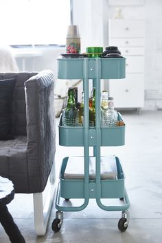 Create living room storage that fits into tight spaces with IKEA RÅSKOG utility carts! The sturdy construction and four casters make it easy for you to move the cart and use it wherever you like.