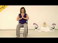 Yoga Vidya Meditationskurs Anfänger - 10 Wochen - mein.yoga-vidya.de - Yoga Forum und CommunityIn diesem Video leitet Sukadev, Gründer und Leiter von Yoga Vidya, dich in die Meditation mit der Technik der der einfachen Mantrameditation. Dies ist das kurze Übungsvideo. Für deine Meditationspraxis ist es hilfreich jeden Tag ein wenig zu üben. Das kurze Übungsvideo macht dir das leichter.