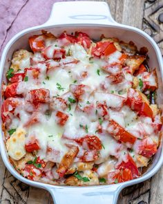 Bruschetta Chicken Casserole for a Delicious Clean Eating Dinner Idea! | Clean Food Crush Clean Recipes, Cooking Recipes, Clean Chicken Recipes, Clean Foods, My Recipes, Pasta Recipes, Food52 Recipes, Pan Cooking, Lasagna Recipes