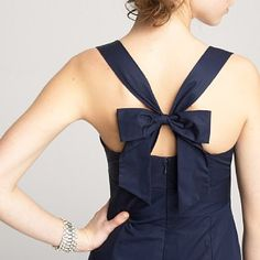 love the bow on the back of this dress!