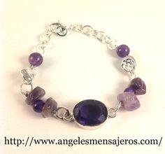 joyeria en cristales de cuarzos-joyas en cuarzos-pulsera en cuarzo-brazalete en cristal de cuarzo amatista-Pulsera de Amatista y plata