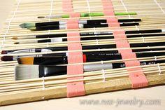 Brushes organizer DIY 06 WM