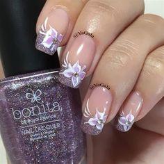 Flowers by Yagala - Nail Art Gallery nailartgallery.nailsmag.com by Nails Magazine www.nailsmag.com #nailart