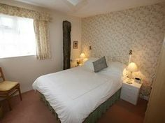 Hobbys, self catering holiday cottage near Tintagel, Cornwall Dog Friendly Holidays, Separating Rooms, Double Bedroom, Cornwall, Cottage, Furniture, Home Decor, Hobbies, Couple Room
