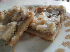 Culinary Couture: Apple Streusel Bars