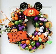 Disney Halloween Wreath Mickey Mouse by SparkleForYourCastle, you could order one from the artist on Etsy. Spooky Halloween, Disney Halloween Decorations, Mickey Halloween, Spirit Halloween, Holidays Halloween, Halloween Themes, Halloween Crafts, Holiday Crafts, Holiday Fun