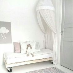 DIY youth bed, interior design