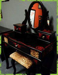 Wow! Con uno de estos y un vestidor sería completamente happy!!!  Spitfire Interiors Furniture, vanity, rock n roll vanity, spider web vanity, kids rock n roll furniture, gothic furniture, whittier rockabilly, rockabilly furniture
