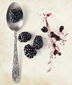 Cheia de antioxidantes, a fruta vermelha ajuda até na prevenção de doenças (Foto: Elisa Correa/Editora Globo) | Blackberry