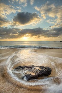 papohaku beach, molokai - kingston images.