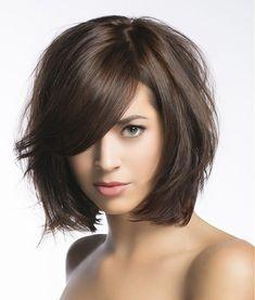 bob, średnie włosy z grzywką, medium hair