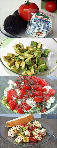 Healthy Recipes Avocado / Tomato/ Mozzarella Salad - A splash of lemon and hint of refreshing mint brighten up the medley of red tomatoes, creamy mozzarella and ripe avocados in this colorful, sensational salad. Vegetarian Recipes, Cooking Recipes, Healthy Recipes, Simple Salad Recipes, Keto Recipes, Easy Salads, Comidas Lights, Tomato Mozzarella Salad, Fresh Mozzarella