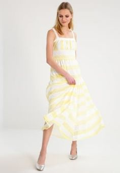 7fdca80c41 Najlepsze obrazy na tablicy sukienki (40)
