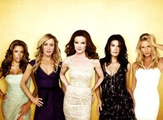 i love desperate housewives :)