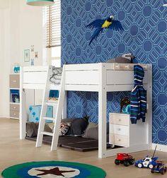 Met dit bed wordt de stap van baby/junior ledikant naar een 'groot' bed makkelijker gemaakt. Gebruik 1 'groot' bed, en bouw het telkens om naar de leeftijd en behoefte van je kind. Vanaf de eerste keer in een groot bed, dat laag op de grond begint, tot een halfhoogslaper met veel speelplezier wanneer het kind ouder wordt. Met het 4-in-1-bed kan het allemaal.