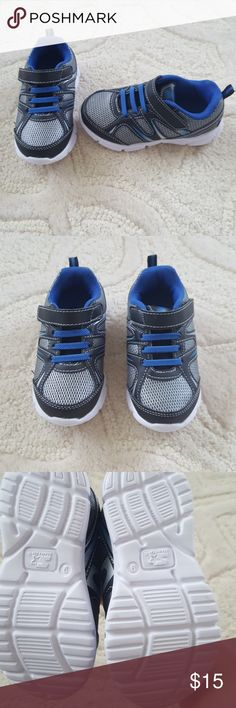 NWOT sporty tennies shoes toddler boy 9 New without tags, super cute pair of lightweight sporty toddler shoes. Size 9 brand new never worn. Easy to take on and off STARTER Shoes Sneakers