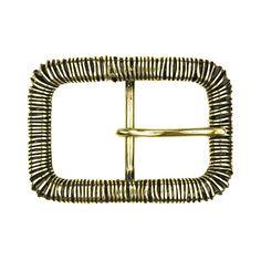 デニムスタイルに魅力のゴールドコイルバックル。