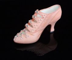 Just the Right Shoe by Raine Promenade by GrayEstates on Etsy, $17.00