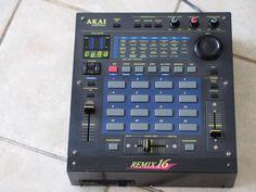 AKAI Remix 16 Drum Machine, Recording Studio, Studio Ideas, Musical Instruments, Vinyl Records, Techno, Gadget, Drums, Musicians