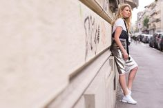 ELLE.IT: Glam outfits with Sneakers