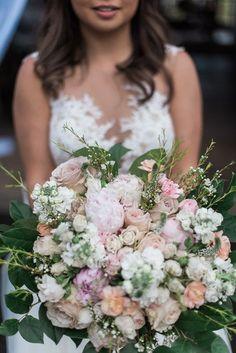 Joyful Washington Barn Wedding 8be25a091f84