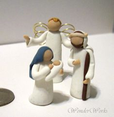 Miniature 3 Piece Nativity Set Mary and Jesus Joseph Angel Figurines Tall Handmade Sculpture, Unique Creche Set, Gift Set, Desk Decor Christmas Clay, Christmas Nativity Scene, Christmas Crafts, Nativity Scenes, Christmas Bells, Christmas Printables, Polymer Clay Dolls, Polymer Clay Creations, Diy Clay