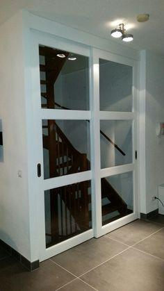 Schuifdeur voor trap met veiligheid glas op maat