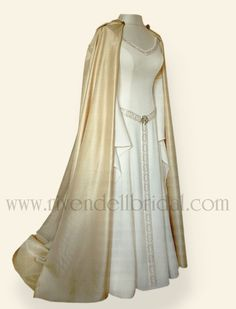 Rivendell Wedding Dresses: Influenced from Medieval, Fantasy, Fairytale, and Celtic style, given a modern twist to combine these romantic styles with modern bridal elegance. Medieval Costume, Medieval Dress, Medieval Fantasy, Medieval Fashion, Medieval Clothing, Vintage Outfits, Bridal Elegance, Medieval Wedding, Sophisticated Dress