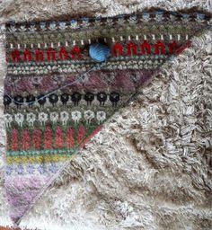 nelleke makes everything: Fair isle update: Öland shawl