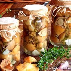 Kołpaki marynowane po podlasku Polish Recipes, Polish Food, Farm Life, Stuffed Mushrooms, Canning, Vegetables, Kitchen, Stuff Mushrooms, Cooking