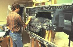 vintage everyday: 100 Rare Color Photos of Behind the Scenes from the Making Film 'Star Wars' Images Star Wars, Star Wars Pictures, Matte Painting, Stargate, Star Wars Vintage, Star Wars Brasil, Science Fiction, Star Wars History, Photos Rares