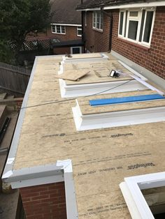 Preparation for GRP flat roof with skylights. Fibreglass Flat Roof, Flat Roof Construction, Flat Roof Materials, Roof Design, House Design, Flat Roof Skylights, Conservatory Roof, Garden Room Extensions, Carport Garage