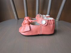Baby Shoes Classic MaryJane Soft Sole Shoe with Knot in Papaya Orange Leather