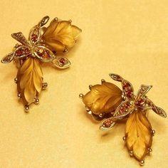 #vintage #Sphinx #earrings #vintagejewellery #vintagecostumejewellery #vintageearrings #vintagejewelry #vintagecostumejewelry