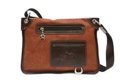 Descubra os novos modelos da Cavalinho! Discover the new Cavalinho handbags! Ref: 1040084 #cavalinho #cavalinhoficial