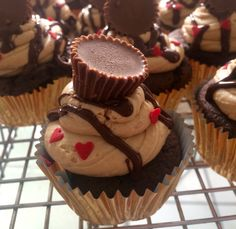 Reeses Peanut Butter Cupcake