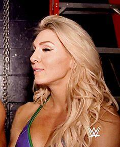 Charlotte Flair Wwe, Wwe Female Wrestlers, Wwe Stuff, Wwe Girls, Super Girls, Raw Women's Champion, Wrestling Divas, Wwe Womens, Total Divas