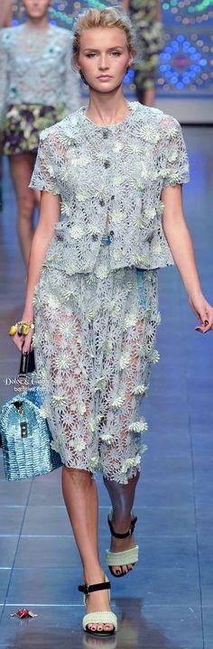 Farb- und Stilberatung mit www.farben-reich.com # Dolce & Gabbana Brings the Bling