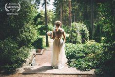 Wedisson | July Award, yey! Beautiful bride in a nice garden. Wedding Photography by Jere Satamo.