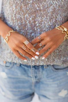 White nails, gold jewelry. #Style