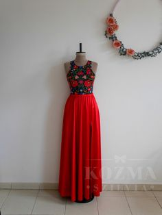 Bridesmaid Dresses, Woman Fashion, Formal Dresses, Hungary, Body, Wedding, Clothes, Women, Bridesmade Dresses