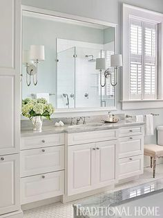 Small Bathroom Decor Ideas for a Stylish Small Bathroom Design Bathroom Renos, Bathroom Renovations, Bathroom Wall, Small Bathroom, Home Remodeling, White Bathroom Vanities, White Bathrooms, Serene Bathroom, White Bathroom Cabinets