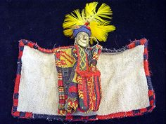 Estatuilla masculina de oro laminado, formaba parte del ajuar funerario del Niño de Llullaillaco, Salta. Foto: Gentileza Museo MAAM