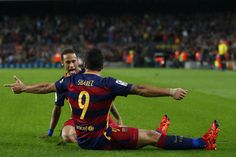 FC Barcelona's Luis Suarez, front, celebrates after scoring against Eibar with his teammate Neymar during a Spanish La Liga soccer match at the Camp Nou stadium in Barcelona, Spain, Sunday, Oct. 25, 2015. (AP Photo/Manu Fernandez)