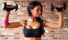 Raffermir sa poitrine en 9 exercices