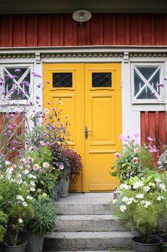 Garden Inspiration, Rum, Balcony, Garage Doors, Outdoor Decor, House, Life, Home Decor, Decoration Home