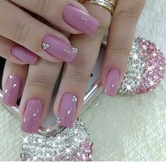 50 Beautiful Nail Art Designs & Ideas Nails have for long been a vital measurement of beauty and Pink Holographic Nails, Pink Nails, Beautiful Nail Art, Gorgeous Nails, Pretty Art, Cute Nails, Pretty Nails, Hair And Nails, My Nails
