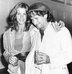 Valerie and Robin Williams at Studio 54, 1979. Follow RUSHWORLD! We're supportive and funny and we bring fresh content to your face every day!