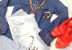 Sextou!!!  Hoje tem look inspiração para o findi no Blog. Passa lá. ;)    http://jeanecarneiro.com.br/look-all-jeans/    #alljeans #totaljeans #lookdodia #inspiracao #blog #blogueira #blogueirabaiana #fashionblogger #blogger